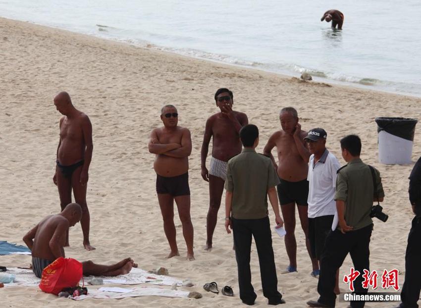 高清:三亚整治大东海公共海滩裸泳、裸晒现象