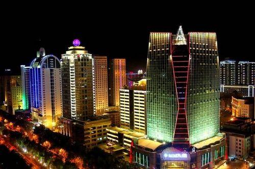 乌鲁木齐新市区地�_2011年1月,高新区与相邻的行政区乌鲁木齐市新市区实行\