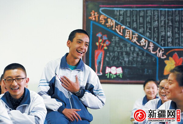 乌鲁木齐14岁超级v学校家民办学校高中高中征服校长的番禺区外国图片
