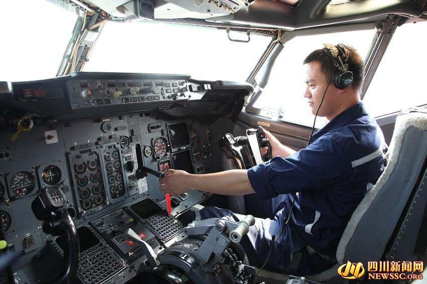 波音737飞机驾驶室