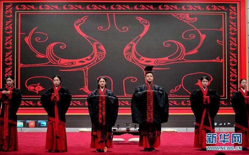 中华文化传承与创新系列活动传统服饰专场在北