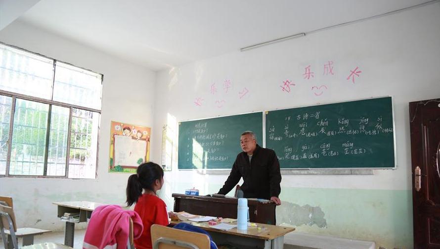 湖南永州一个教学点只有一名学生
