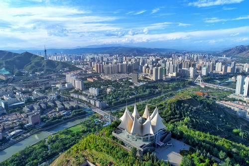 """高原要建""""大西宁"""" 打造幸福城"""