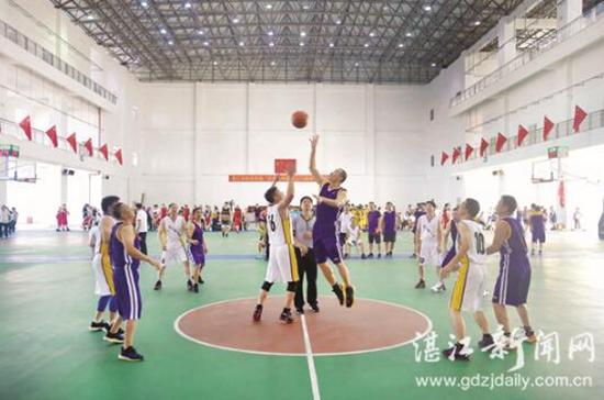 """湛江市教育系统""""庆祝新中国成立70周年""""篮球赛开赛"""