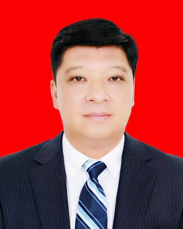 吉林省长春市九台区委书记李洪亮向人民网网友拜年