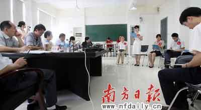 深圳公务员面试全程监控非公务员考官成亮点